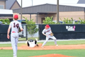 HoCo, Lee County split doubleheader; Veterans sweeps; other result