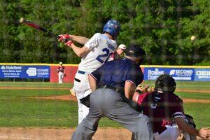 Veterans, Whitewater split - set up deciding third game