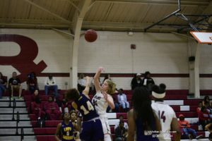 Long ball lifts Lady Greyhounds past Demonettes; WR boys roll