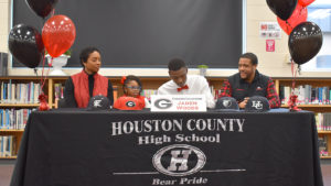Bears pitcher Jaden Woods signs with the University of Georgia